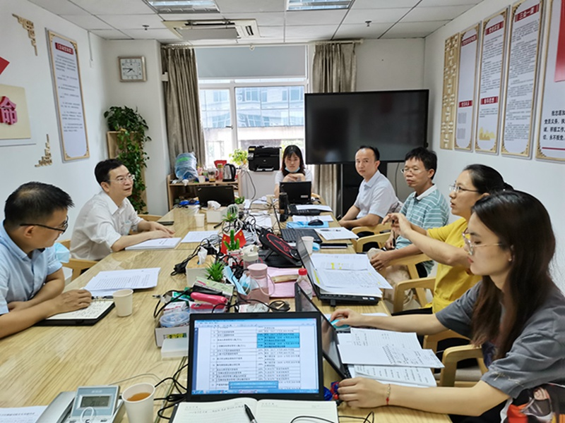 市审计局副局长杨江涛到基本公共卫生审计项目现场调研指导工作