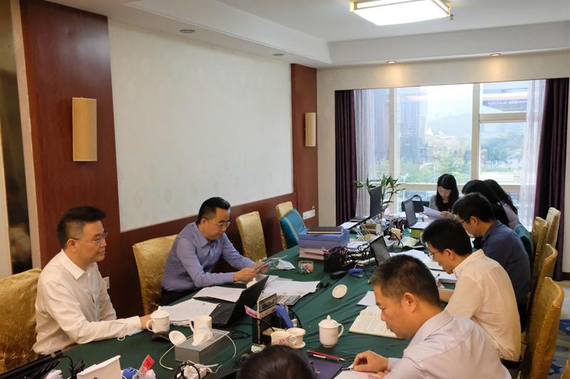 市审计局党组书记、局长胡卫东率队赴经济责任审计现场调研指导